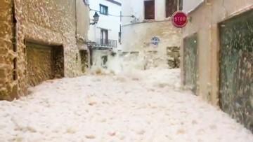Storm Gloria floods city with foam