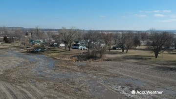 Missouri River flooding snakes through farmland