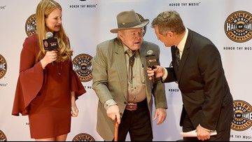 Roy Clark, country star and longtime 'Hee Haw' host, dead at 85