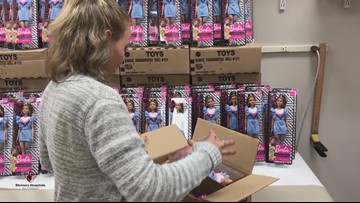 Teen donates Barbies with prosthetic limb like hers to hospital