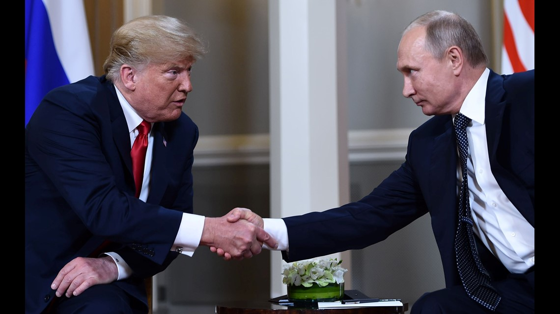 White House pushes follow-up Donald Trump - Vladimir Putin meeting to next year