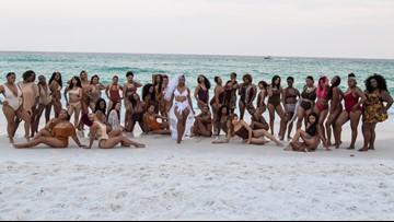 Woman enlists 34 bridesmaids for epic Florida beach wedding