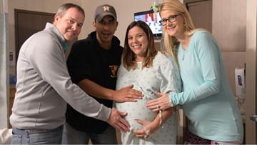 2 miracle babies born weeks apart after woman, surrogate become pregnant at the same time