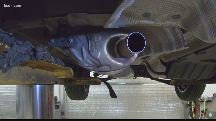Catalytic converter thieves target businesses in parts heists