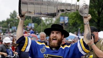 Stanley Cup champion Ryan O'Reilly reunites with 99-year-old granny