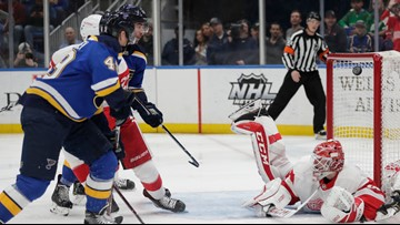 Barbashev records first hat trick, Blues beat Red Wings 5-2