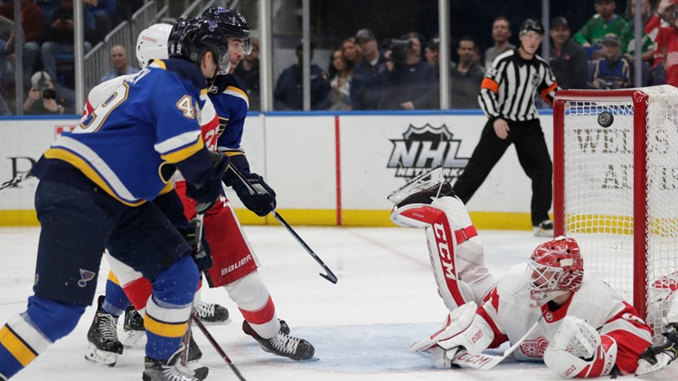 Barbashev's first NHL hat trick fuels Blues to 5-2 win over Red Wings