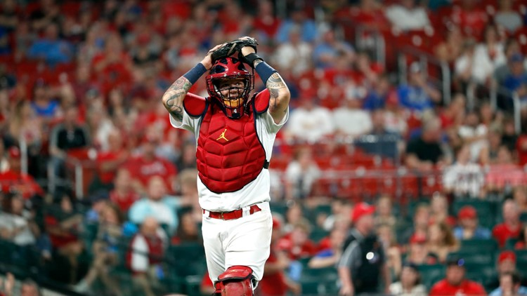 Cardinals place Yadier Molina on 10-day injured list ahead of Friday