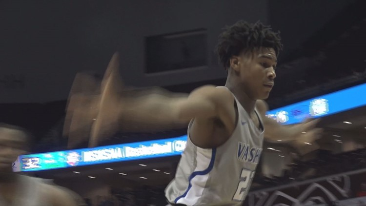 Star recruit Cam'Ron Fletcher talks about his decision to commit to Kentucky
