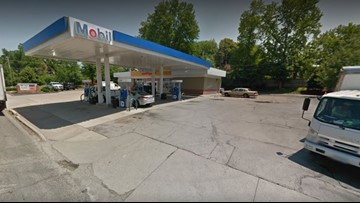 Brentwood gas station robbed at gunpoint by masked man