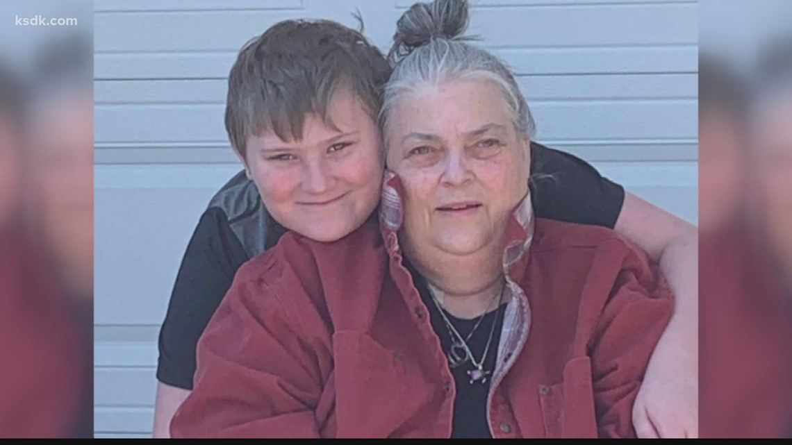 Young student rescues grandma with help from teachers on Zoom