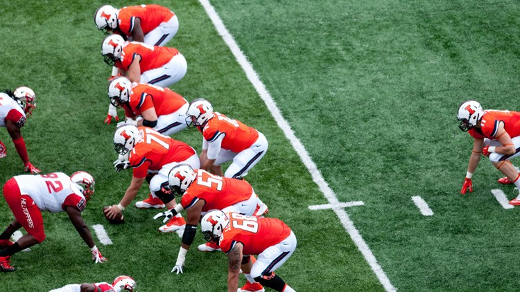 New Illinois law allows college athletes to sign endorsements