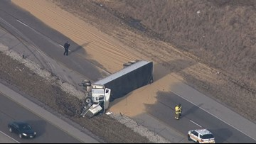 NB I-55 near Edwardsville back open after semi-truck overturns
