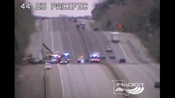 All EB lanes of I-44 back open after crash near Eureka, two westbound lanes still closed