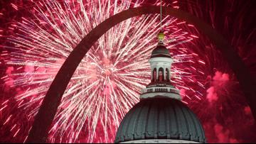 Full Fair Saint Louis fireworks shows