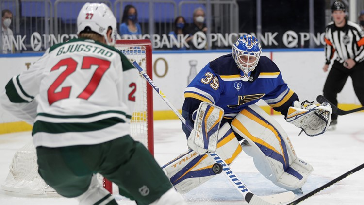 Husso makes 31 stops for first NHL shutout, Blues beat Wild