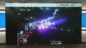 Multi-car accident closes several lanes of southbound I-270 in St. Louis County