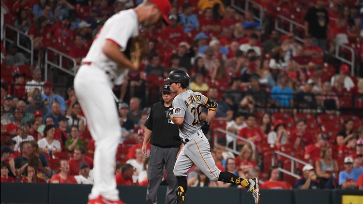 Cardinals lose to Pirates 5-4 in Saturday's game