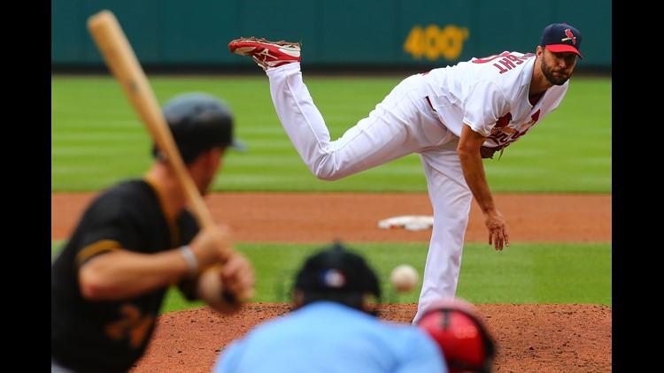 Cardinals keep Pirates scoreless in Saturday night win