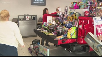 Lou Fusz spreads holiday cheer with Toys for Tots