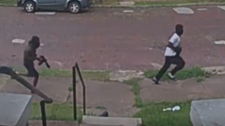 Suspects sought in shooting of 12-year-old in St. Louis