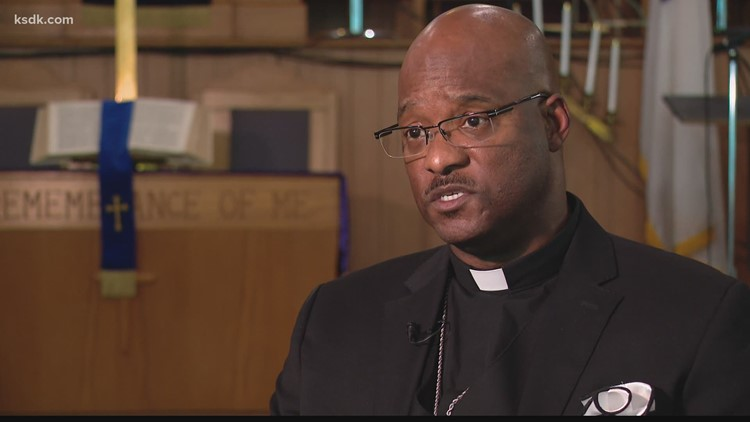 East St. Louis pastor arrested during his sermon