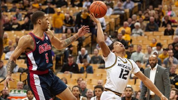 Pinson, Smith refuse to cool off as Mizzou edges Ole Miss