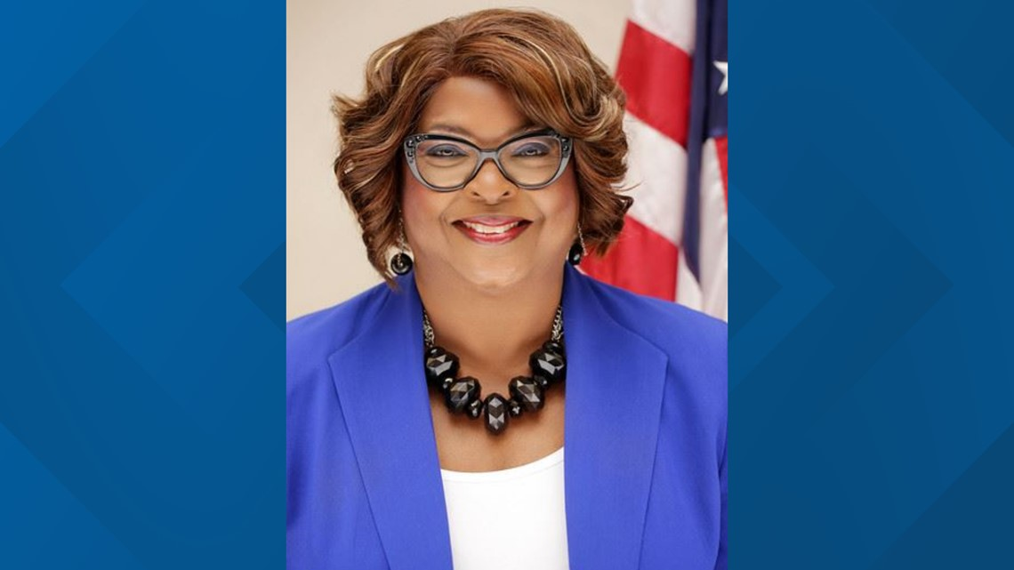 Ferguson elects city council member Ella Jones as first black mayor in city's history