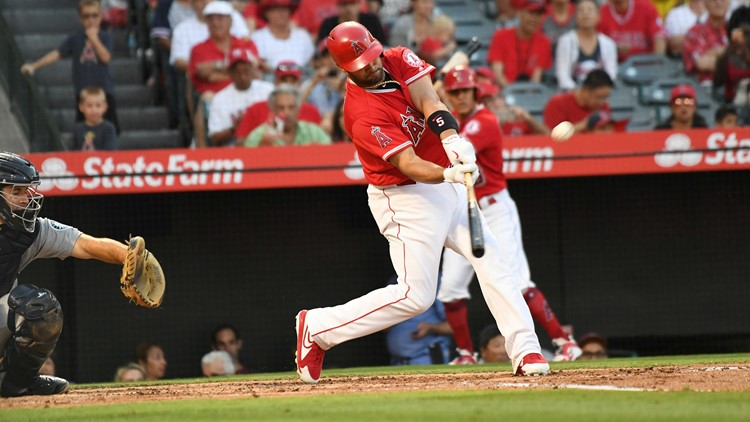 With two home runs in an 11-2 win over the Seattle Mariners on Thursday night, Pujols tied Ken Griffey Jr. for sixth-most all-time with 630.