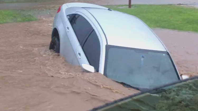 Water rescues, flash flooding cause problems across the St. Louis area