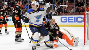 Thomas to get first shot on the first line for Blues with Tarasenko sidelined
