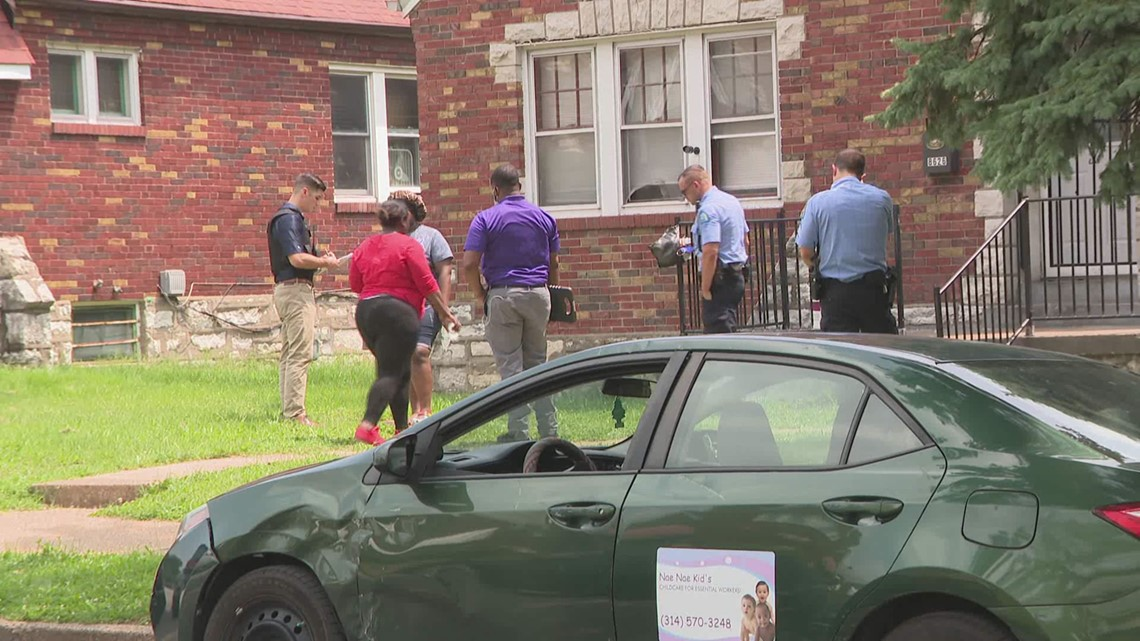 Police: Young child injured after shooting himself in the hand