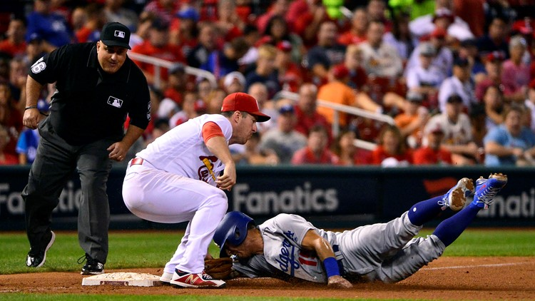 The Dodgers snapped a five-game losing streak against the Cardinals and moved to within one game of St. Louis for the final NL wild-card spot.