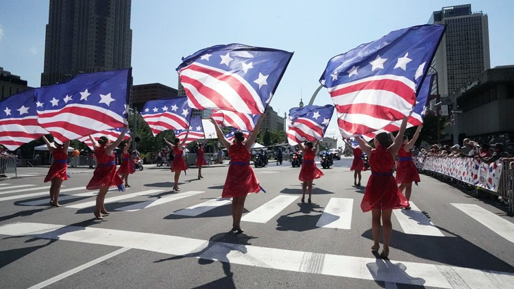 St. Louis celebrates big and small – in red, white and blue