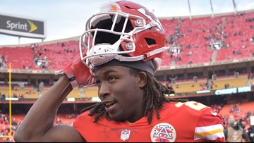Ex-Chiefs RB Kareem Hunt goes unclaimed by NFL teams on waivers