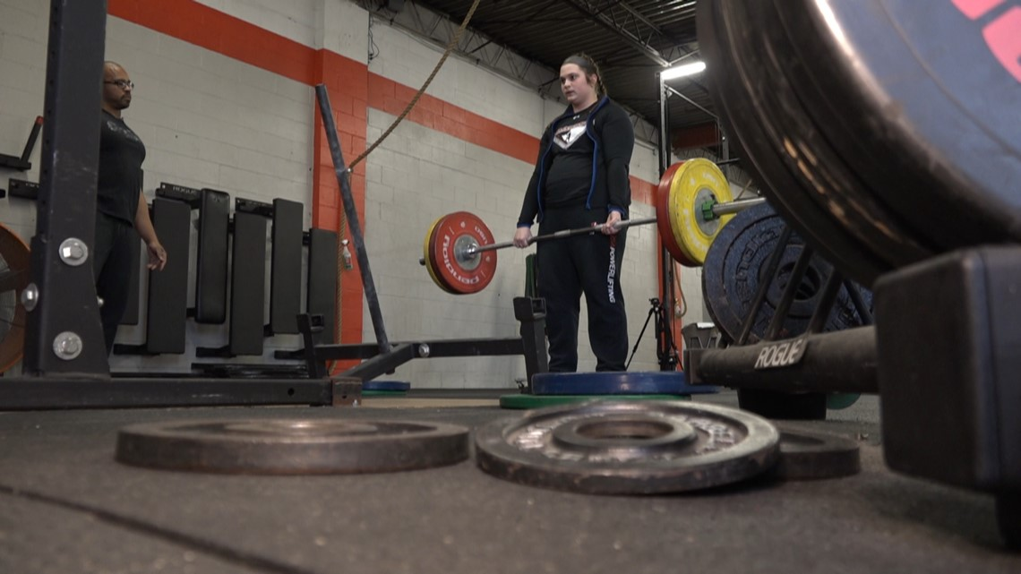 This Parkway North student can lift more than you