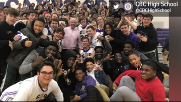 Roy Williams stops by CBC basketball game