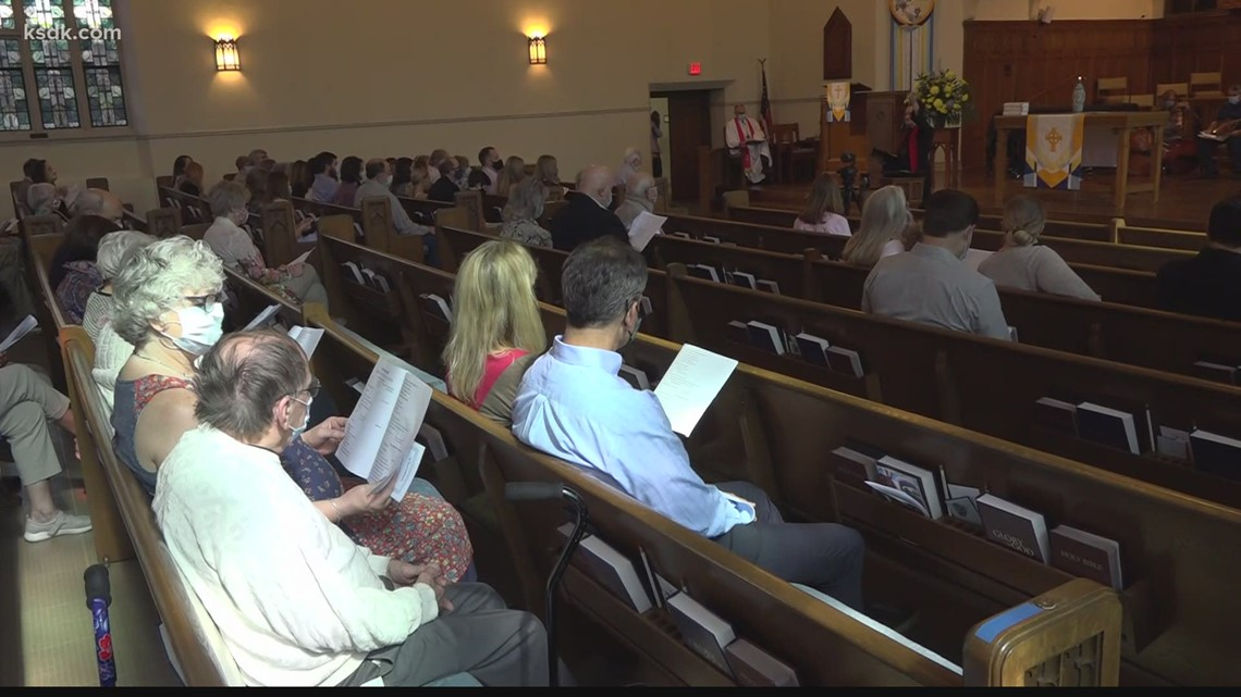 St. Louis churches reconsider COVID mask policies after new CDC recommendations