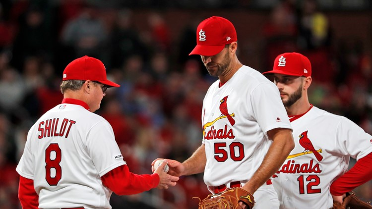Wainwright only goes three, Cards comeback falls short in series opener with Mets