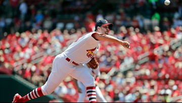 Opinion | How Adam Wainwright is turning back the clock, one curveball at a time