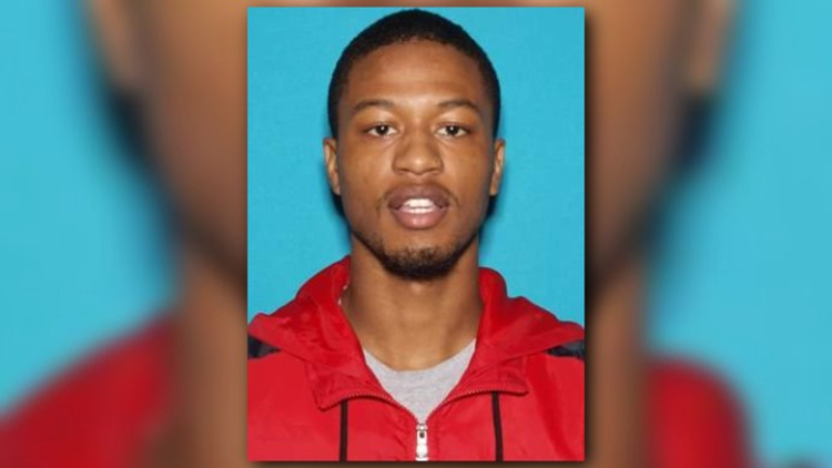 Major Case Squad still  searching for person of interest in teen's murder outside Overland McDonald's