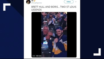 Brett Hull loved this chinchilla at the Blues game