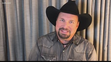 Garth Brooks shares message to St. Charles man fighting cancer
