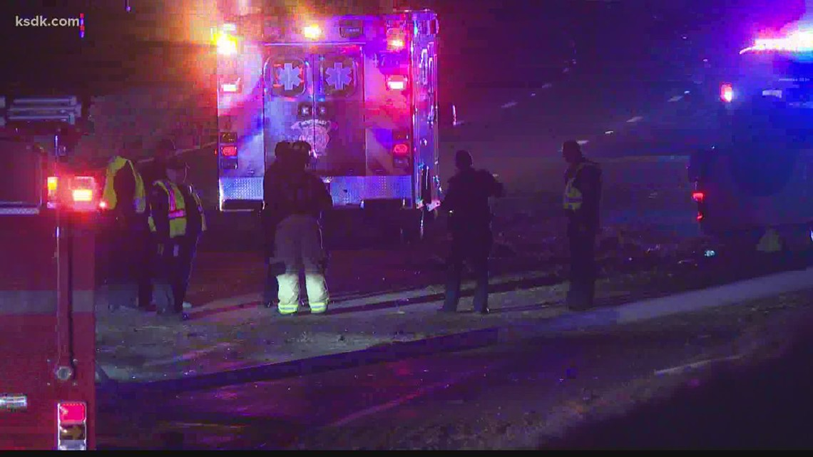 Possible police pursuit ends in crash