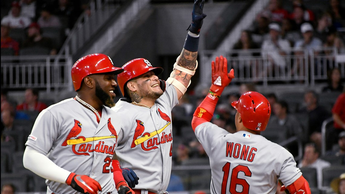 Cardinals use magic number 3 to crush Braves