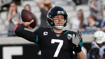 AP source: Jaguars agree to trade QB Nick Foles to Bears