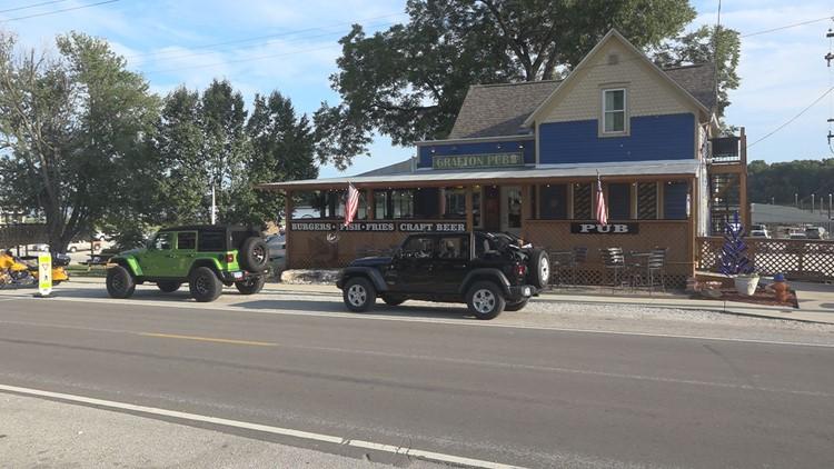 Grafton businesses prepare for looming Illinois mask mandate
