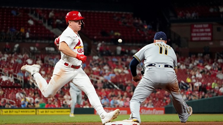 Wainwright, Molina duo lead Cardinals to 15-4 win over the Brewers