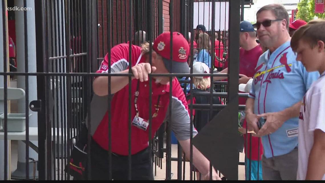 Cardinals allow full capacity at Busch Stadium