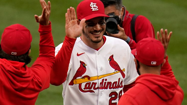 'It will sink in, maybe tomorrow' | Arenado homers in home debut, earning first career curtain call to lift Cardinals over Brewers